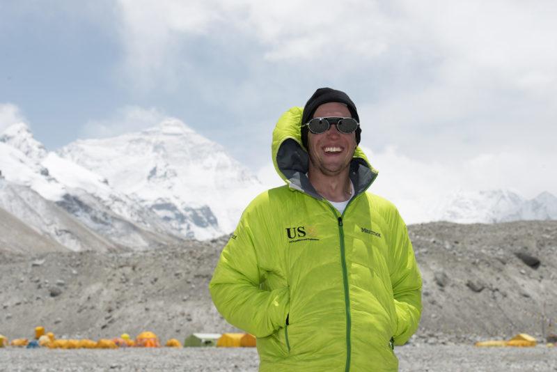 DSC_5776_2nd Lieutenant Harold Earls IV in Everest basecamp (5200 m). Copyright Dave Ohlson_50percent
